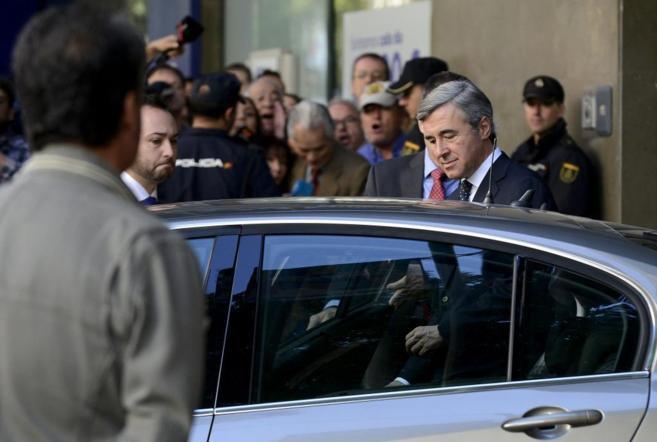 Ángel Acebes sale de la Audiencia Nacional el pasado 28 de octubre.