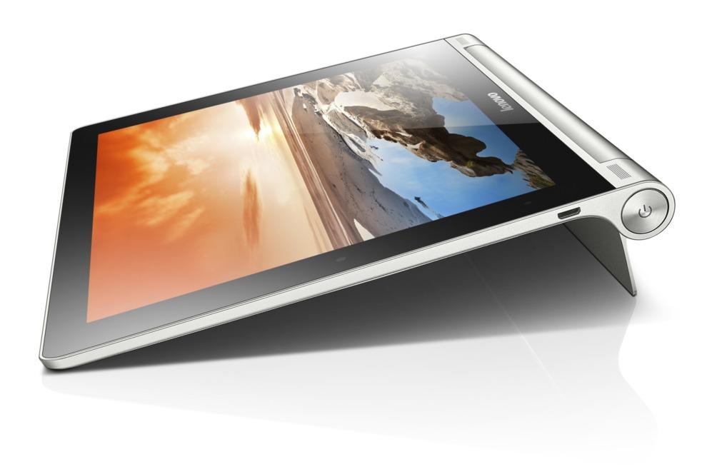<STRONG>MEJOR TABLETA / DOBLE SISTEMA OPERATIVO.  </STRONG> La Lenovo Yoga Tablet 2 hace honor a su nombre y presume de flexibilidad, tanto en su forma de uso (puede colocarse en tres posiciones diferentes gracias al pie incluido) como en su sistema operativo. Está disponible tanto con Android como con Windows 8. Además, hay dos tamaños de pantalla donde elegir: 8 y 10 pulgadas. La más pequeña es una buena solución en portabilidad, la mayor ofrece una superficie de trabajo cómoda con la ventaja del soporte de la versión de escritorio en Windows. Funciona con la última generación de procesadores Intel. www.lenovo.es