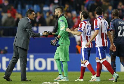 Míchel, tras finalizar el encuentro en el Calderón.
