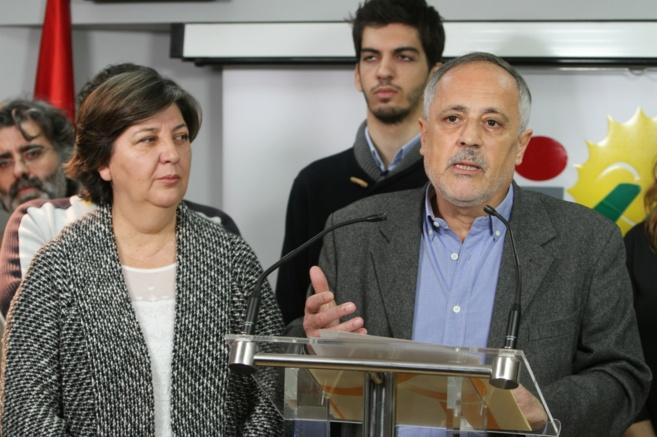 José Manuel García, junto a Josefa Medrano, este viernes, al hacer...