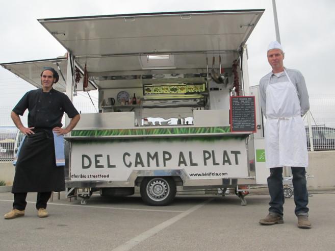 Janjo Plou y Georg Brautigam en el puesto del  'Camp al...