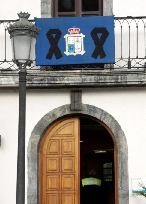 Fachada del Ayuntamiento asturiano de Soto del Barco.