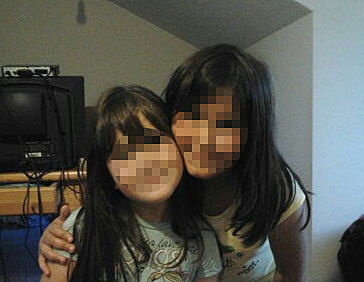 Las niñas, en una imagen reciente.