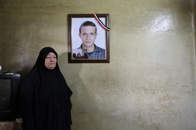 Zeinab Ali, madre de un 'mártir' de las revueltas, Ahmed...