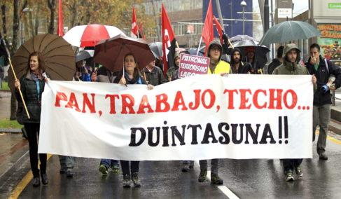 Una de las manifestaciones por la dignidad esta mañana.