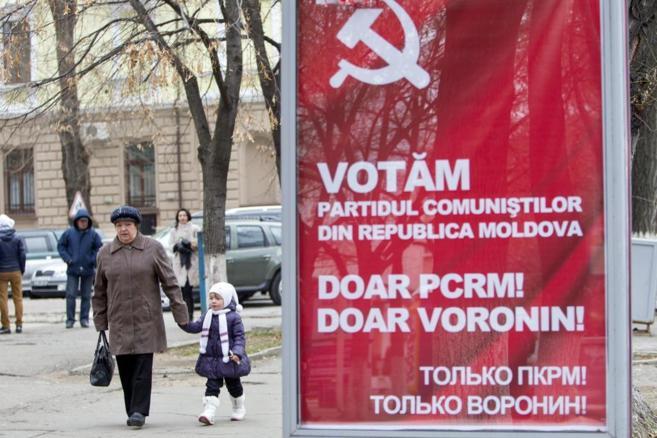 Un cartel electoral en Chisinau.