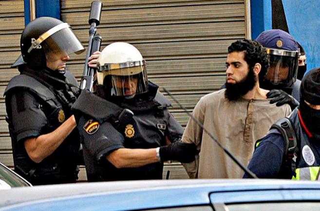 Detención de un islamista sospechoso, el pasado septiembre en...