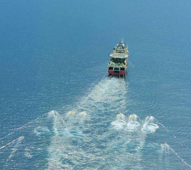 Embarcación utilizada por Cairn Energy para las prospecciones...
