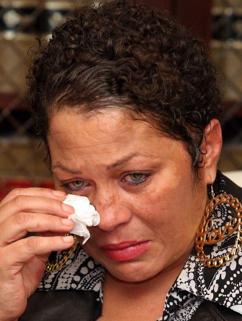 Chelan asegura que Cosby la drogó y violó cuando tenía 17 años.