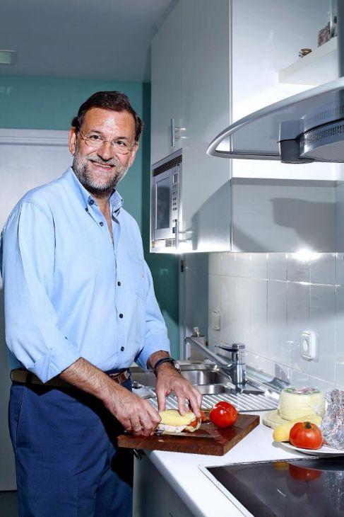 Fotografía de Ricardo Cases, hecha en la cocina de la casa de Rajoy...