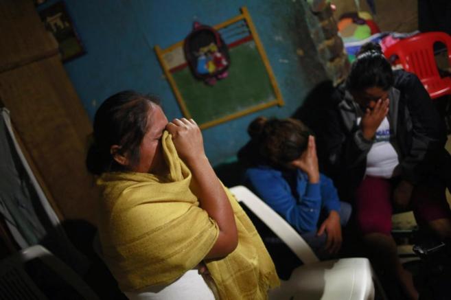 Edith Mora, hermana de Alexandre, llora tras saber que los restos...