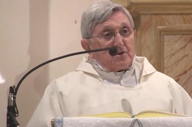 El padre Jesús Hernández Sahagún, que exorcizó 13 veces a una...
