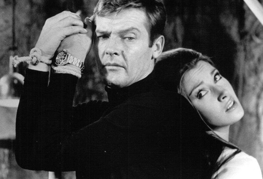 Jane Seymour. La primera incursión de Roger Moore como James Bond...