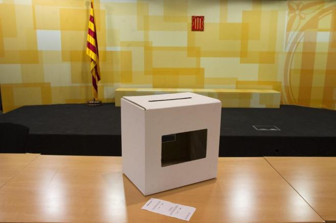 Una urna utilizada en la consulta del 9-N.