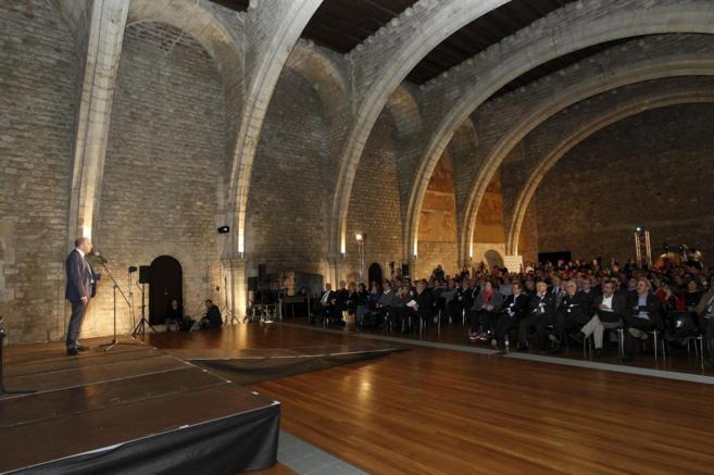 Presentación de la nueva asociación en el Saló del Tinell.