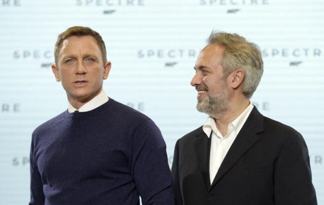 El actor británico Daniel Craig y el director de cine Sam Mendes, en...