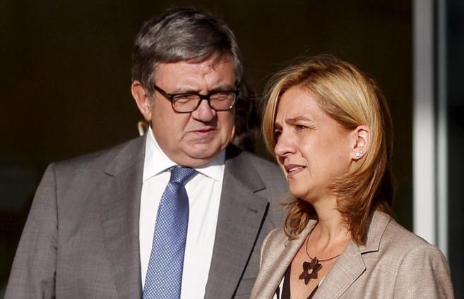 García Revenga, con la Infanta Cristina.