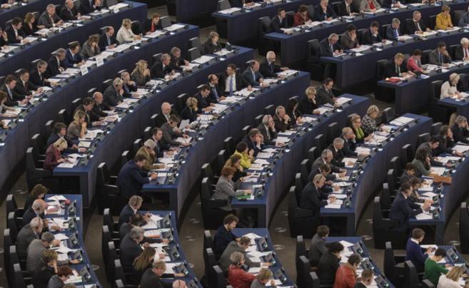 Los europarlamentarios, durante una sesión del Parlamento Europeo en...