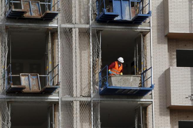 Imagen del exterior de un edificio donde se realizan tareas de...