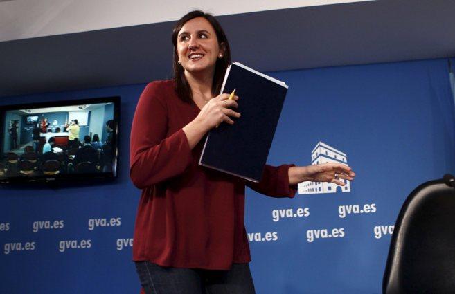 La consellera de Educación, María José Català, tras una rueda de...
