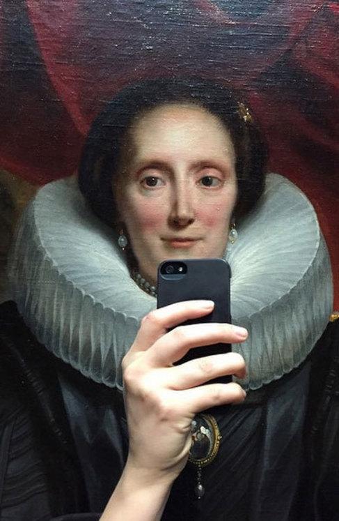 Uno de los 'selfies' simulados tomados en el Rijksmuseum.