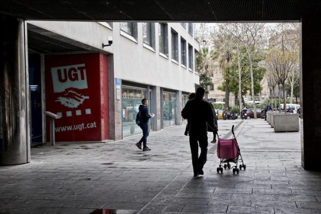 Exterior de la sede de la UGT que tiene en la Rambla del Raval de...