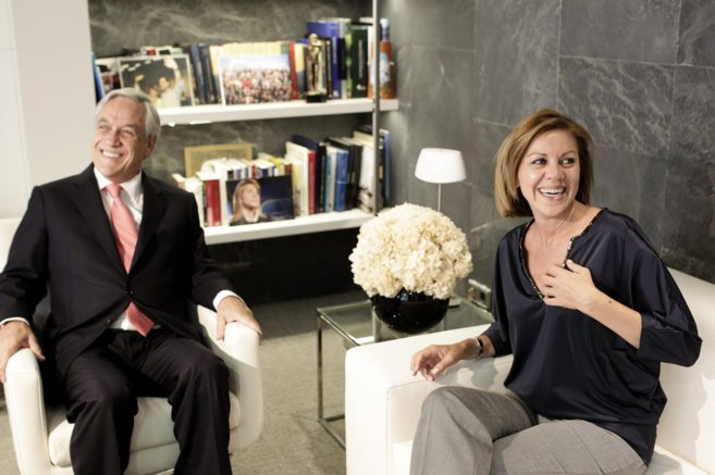El ex presidente chileno Sebastián Piñera con la secretaria general...