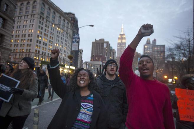 Manifestantes ya protestaron en Nueva York el 13 de diciembre por la...