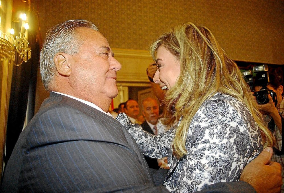 Septiembre de 2008: toma la Alcadía en sustitución de Alperi.
