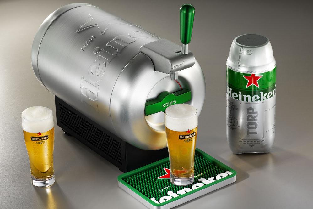 THE SUB®, de HEINEKEN®. Surtidor de cerveza refrigerante. El Kit Starter incluye THE SUB® y 2 THE TORP® - cápsulas de cerveza de barril de 2 litros disponibles en varias marcas: HEINEKEN, Affligem y Desperados-. (255 euros).