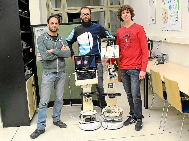 Carlos Rodríguez, Franscico J. Rodríguez Lera y Fernando Casado...