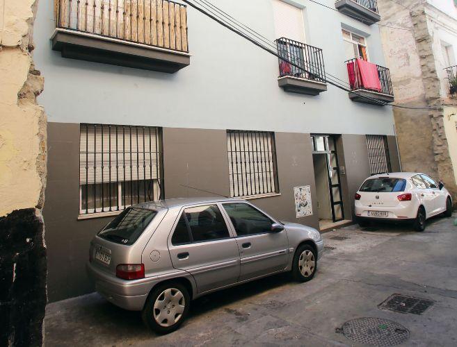 Fachada de la corrala 'Las Luchadoras', en el barrio de El...