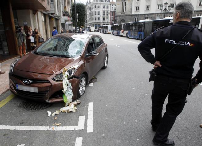 Vehículo que arrolló a varios peatones en Oviedo la pasada...