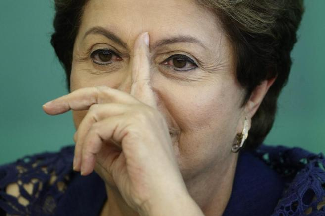 Un gesto de la presidenta brasileña, Dilma Rousseff.