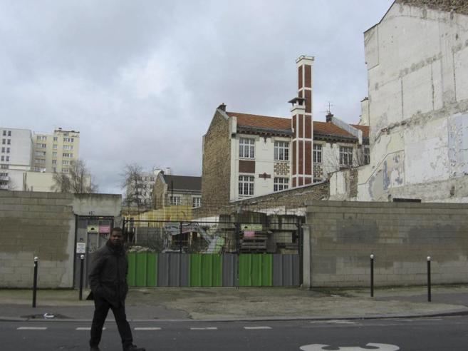 Solar de la calle Tánger de París, donde se alzaba la mezquita en la...