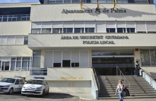 Fachada de la sede de las Policía Local de Palma.
