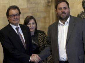 Mas da la mano a Junqueras en la Generalitat.