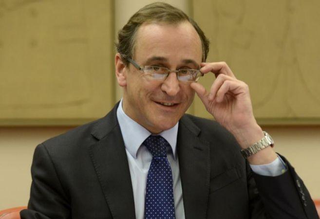 Alfonso Alonso comparece ante la comisión de Sanidad del Congreso de...