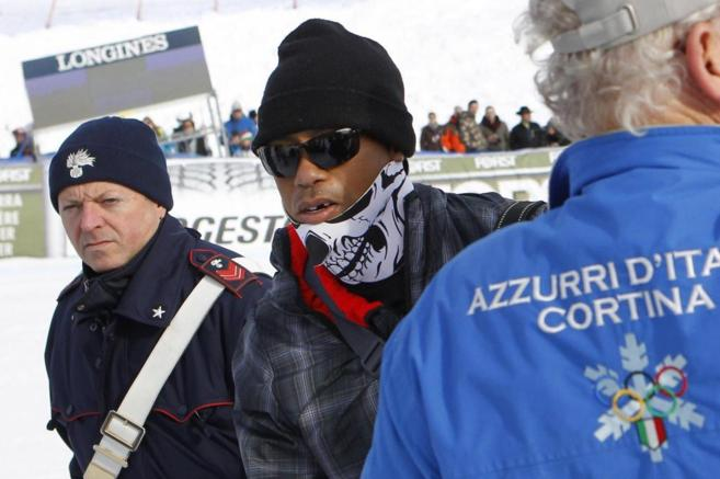 Tiger Woods en el supergigante en la Copa del Mundo de esquí alpino...