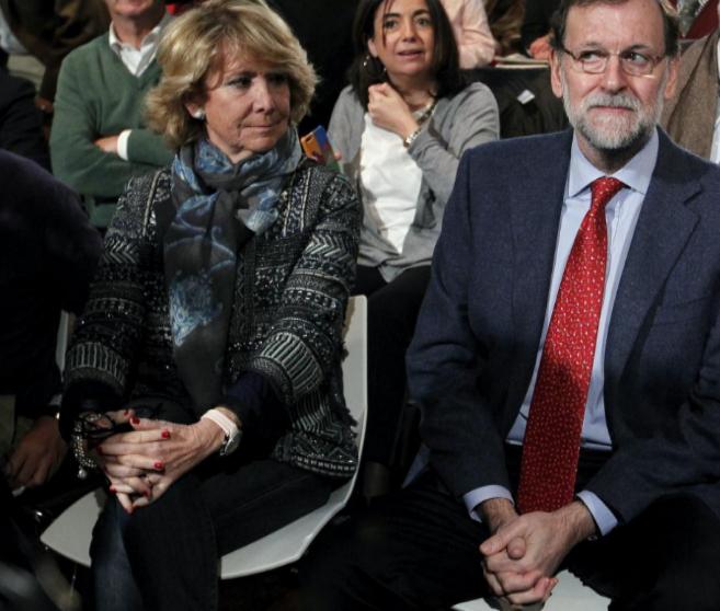 Esperanza Aguirre junto a Rajoy en el foro de libertad y seguridad...