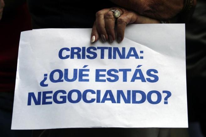 Una mujer protesta en Buenos Aires tras la muerte de Alberto Nisman.