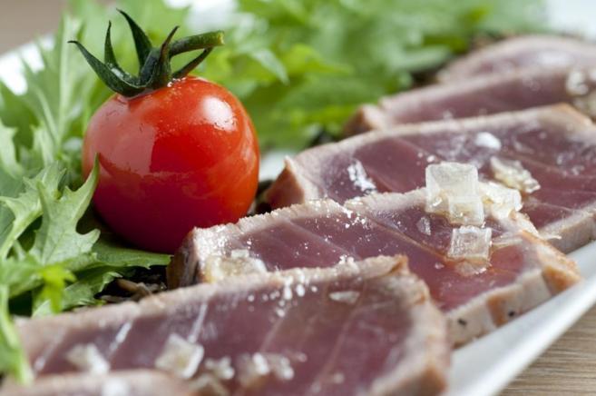 Lomo de atún, uno de los pescados que presenta mayores niveles de...