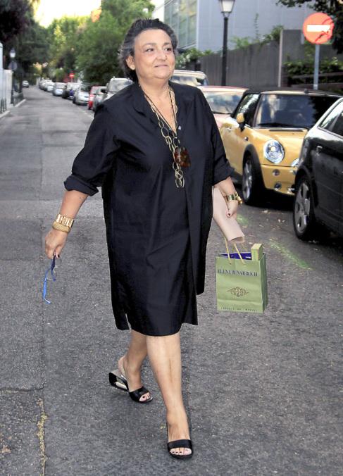La diseñadora Elena Benarroch, fotografiada en las calles de Madrid.