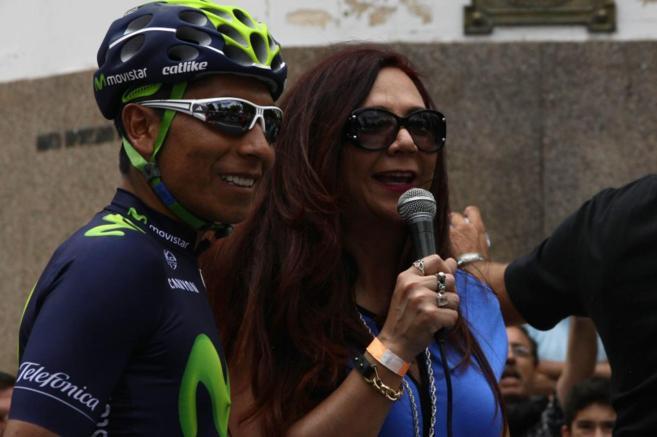 Nairo Quintana es estrevistado durante el Tour de San Luis.