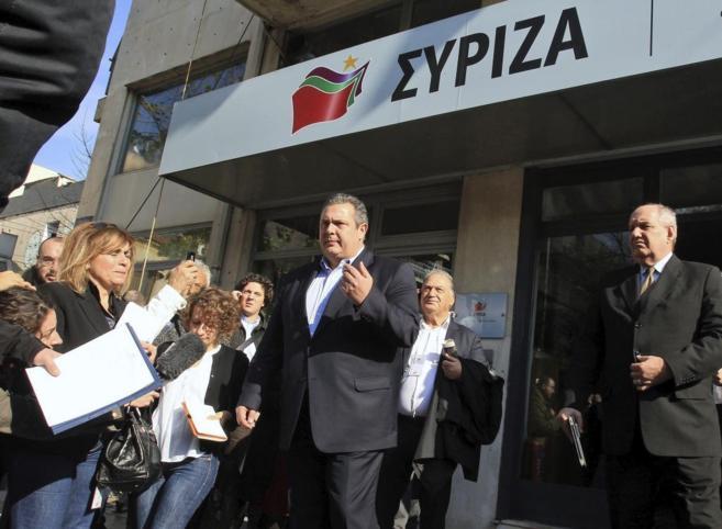 El presidente del partido de derecha nacionalista Griegos...