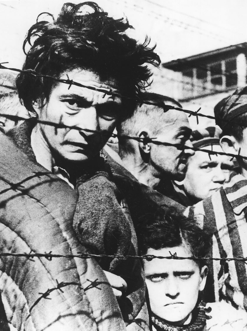 Supervivientes del terrible campo situado en territorio polaco.