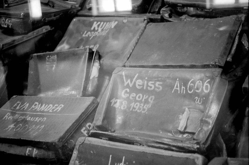Las maletas vacíos de las víctimas desgraciadas del exterminio nazi.