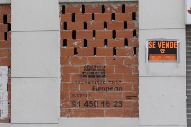 Imagen de un cartel que anuncia la venta de una propiedad en...