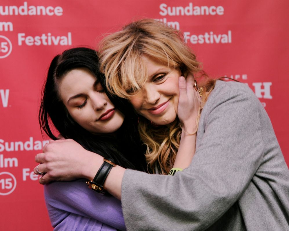 Courtney Love. Tener como madre a una de las estrellas más polémicas...