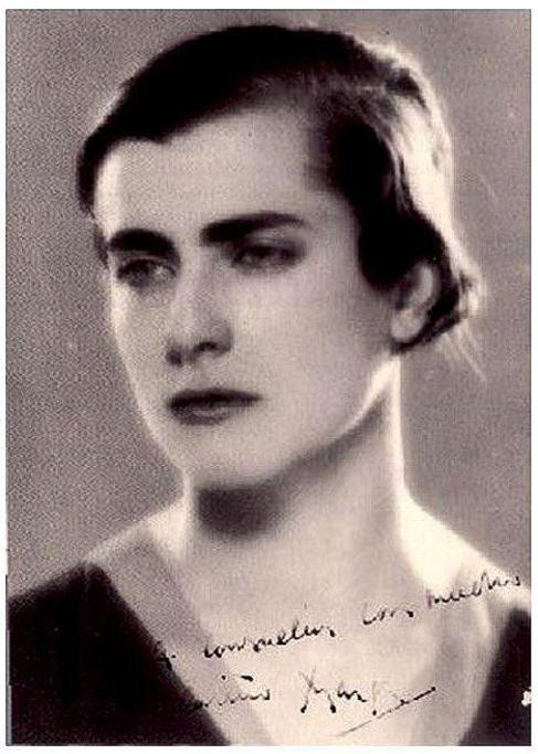 Marga Gil Roësset.